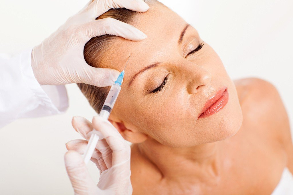 Botox recovery costs risks and side effects its important to be informed about botox recovery costs risks and side effects before making the leap heres everything you need to know solutioingenieria Images