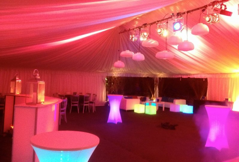 pink and red coloured marquees
