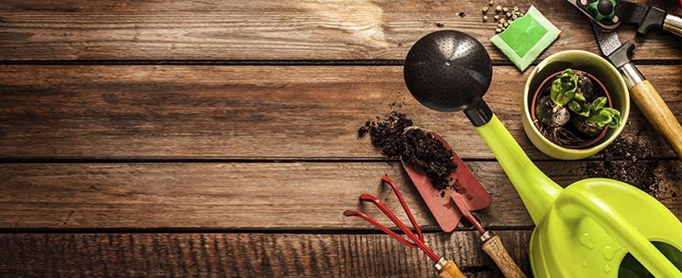 utensili per giardinaggio