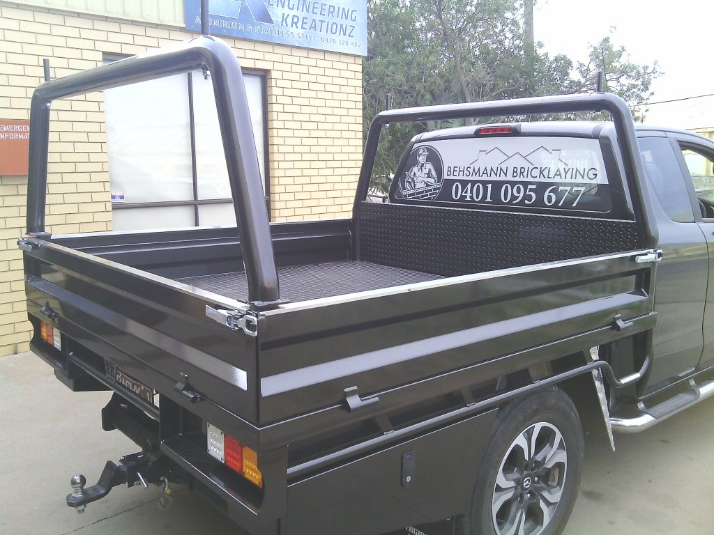 engineering kreationz tipper trailers front side