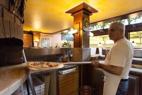 Pizza pronta per il forno
