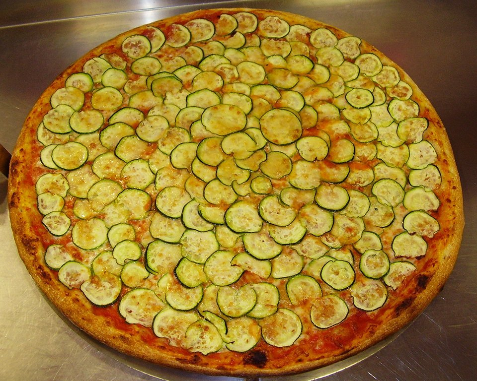 pizzeria con zucchine