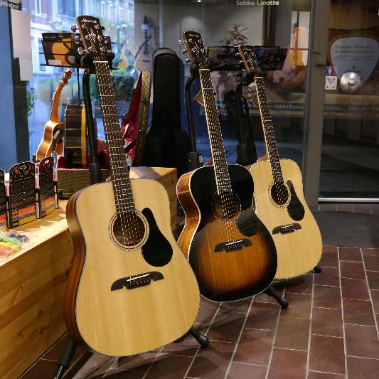 Alvarez gitaren bij Gitaarbouw Linotte Antwerpen