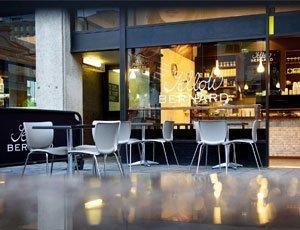 Yellow Bernard cafe