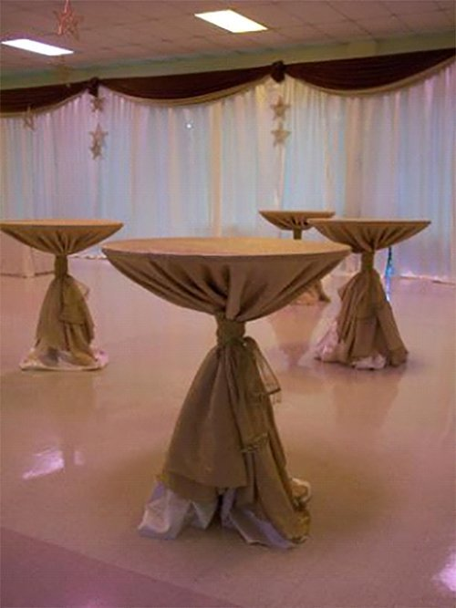 Custom design table as per the theme in Webster, NY
