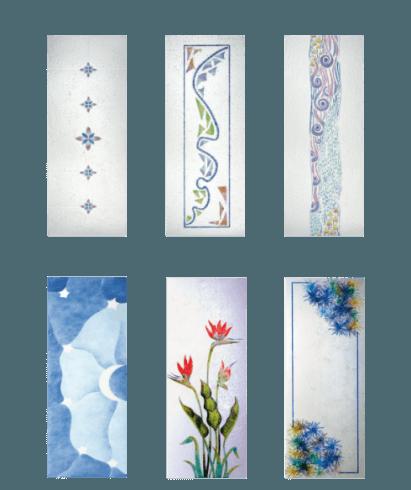 dei vetri con dei disegni multicolore