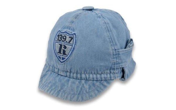 Italian hat jeans