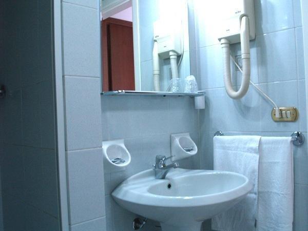 Camere con bagno privato