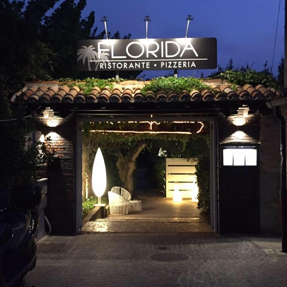 ristorante fronte mare, ristorante aperto la domenica, ristorante con veranda