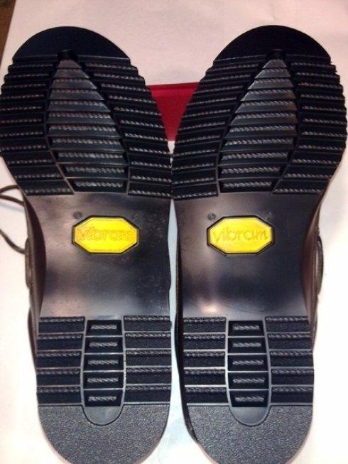 Riparazione suole scarpe