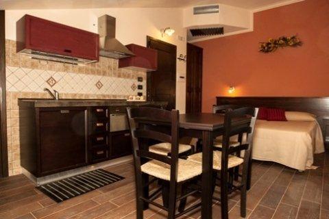 appartamento cucina rododendro