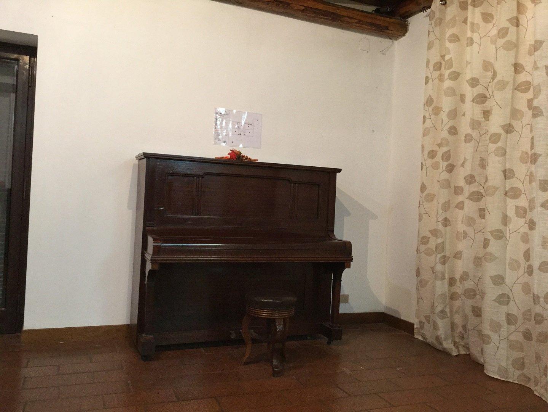pianoforte in legno