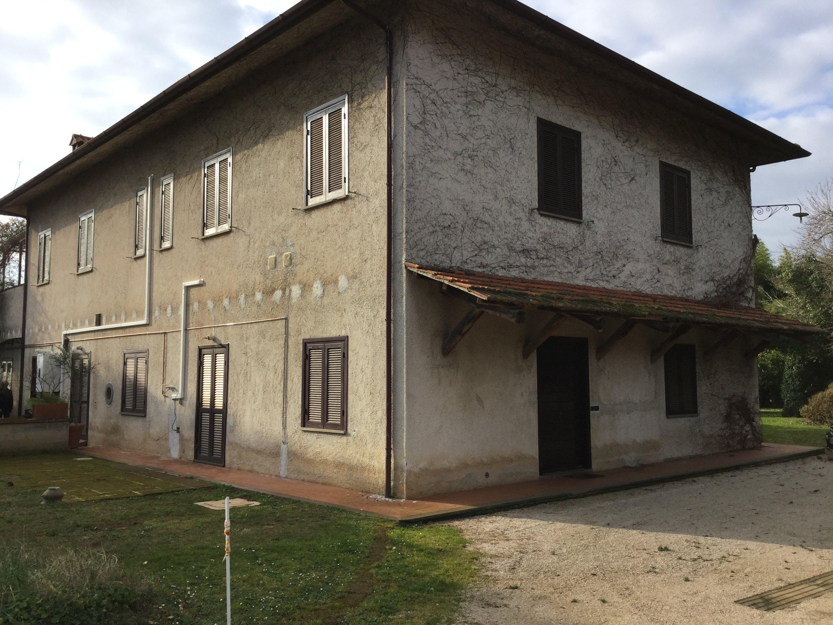 vista esterno di una villa