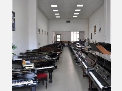 Vendita pianoforti a marca Bösendorfer, Yamaha, Kemble, Kaway