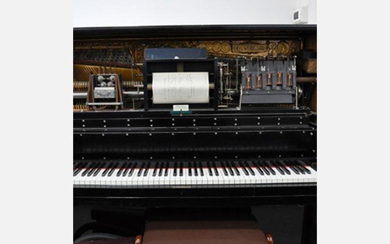 Autopiano ed. Seiler completamente originale e funzionante del1876 tastiera in avorio molto raro