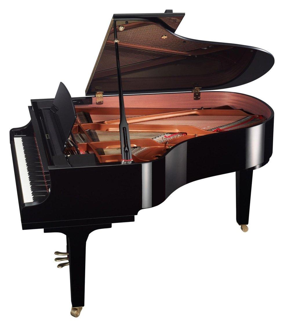 Un design che unisce il pianoforte con il pianista, ereditando la tradizione della serie CF.