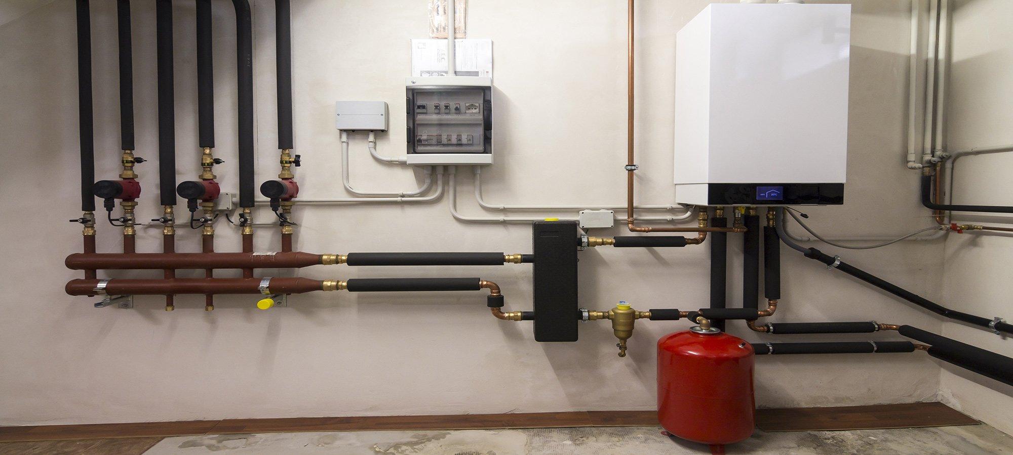Impianto di caldaia a condensazione presso Ditta Termoidraulica Nerio Caporali a Cesena