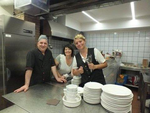 staff taverna del mercato