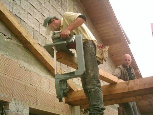 Lavorazioni tettoie di legno
