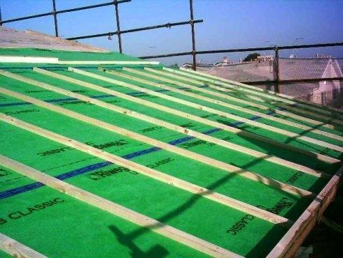 tetti ventilati e solaio in legno lamellare