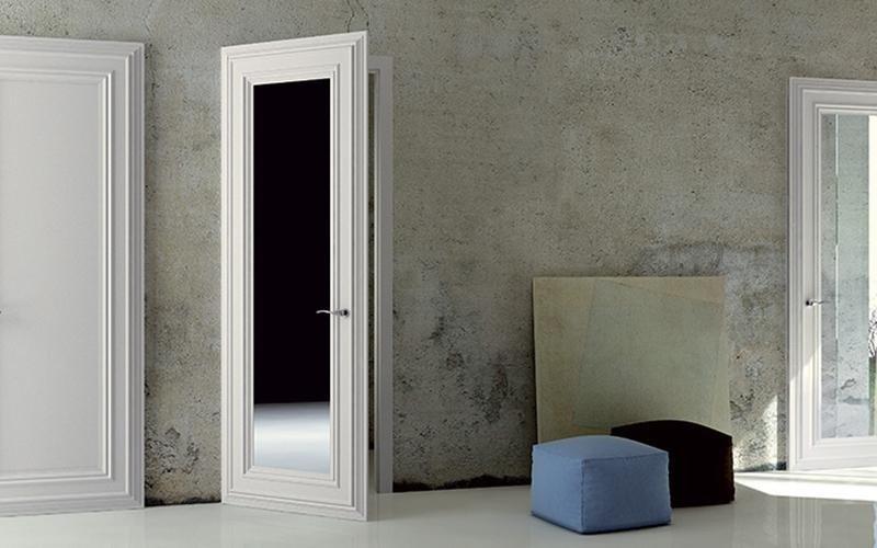 porta con specchio