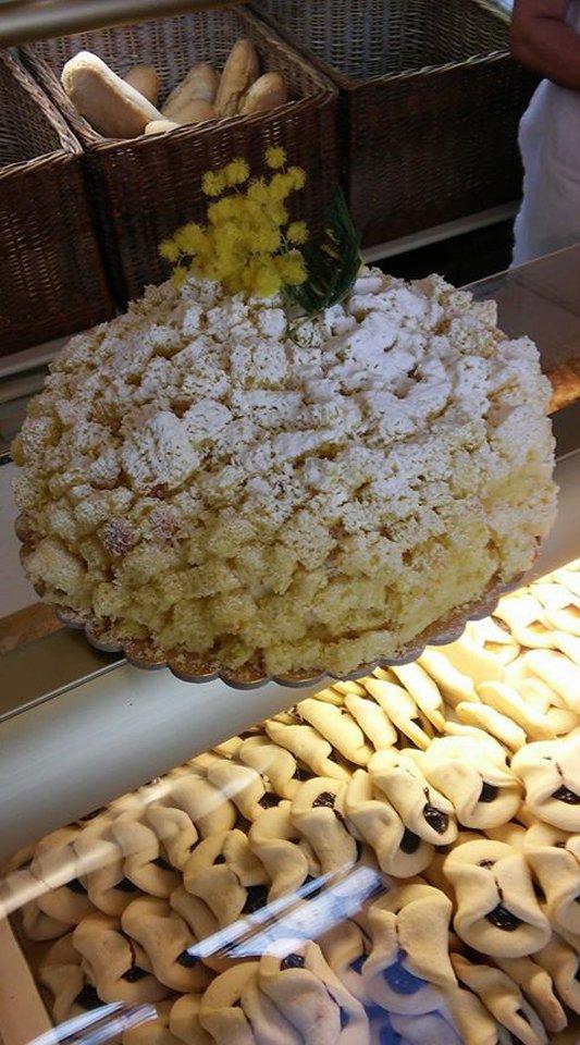 torta alla mimosa