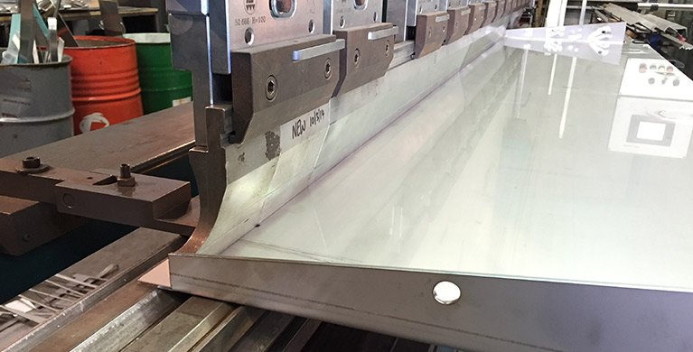 Sheetmetal shaping services