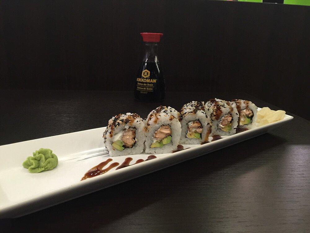 Piatto con sushi