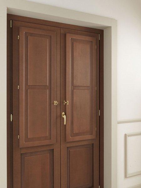 porta in legno due ante