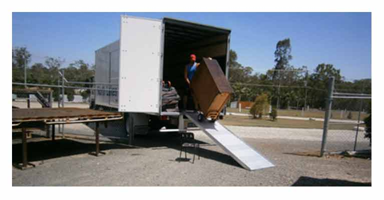 North Lakes Removals Packing movers