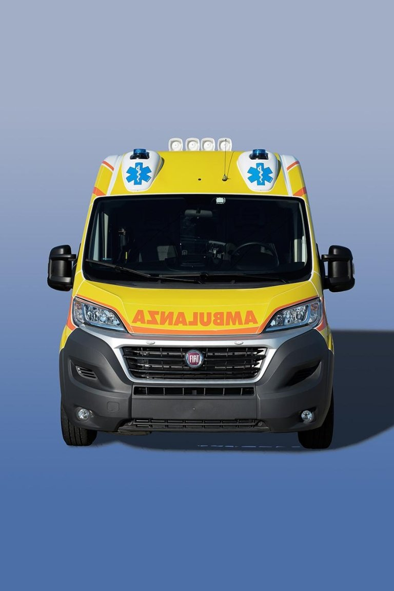 Emergency vehicles' exterior customisations