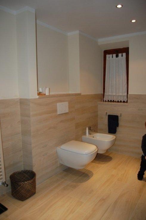 Rifacimento bagni lavori edili scandicci firenze edil vassallo - Rivestimento bagno effetto legno ...