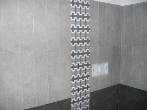 Installazione piastrelle per il bagno