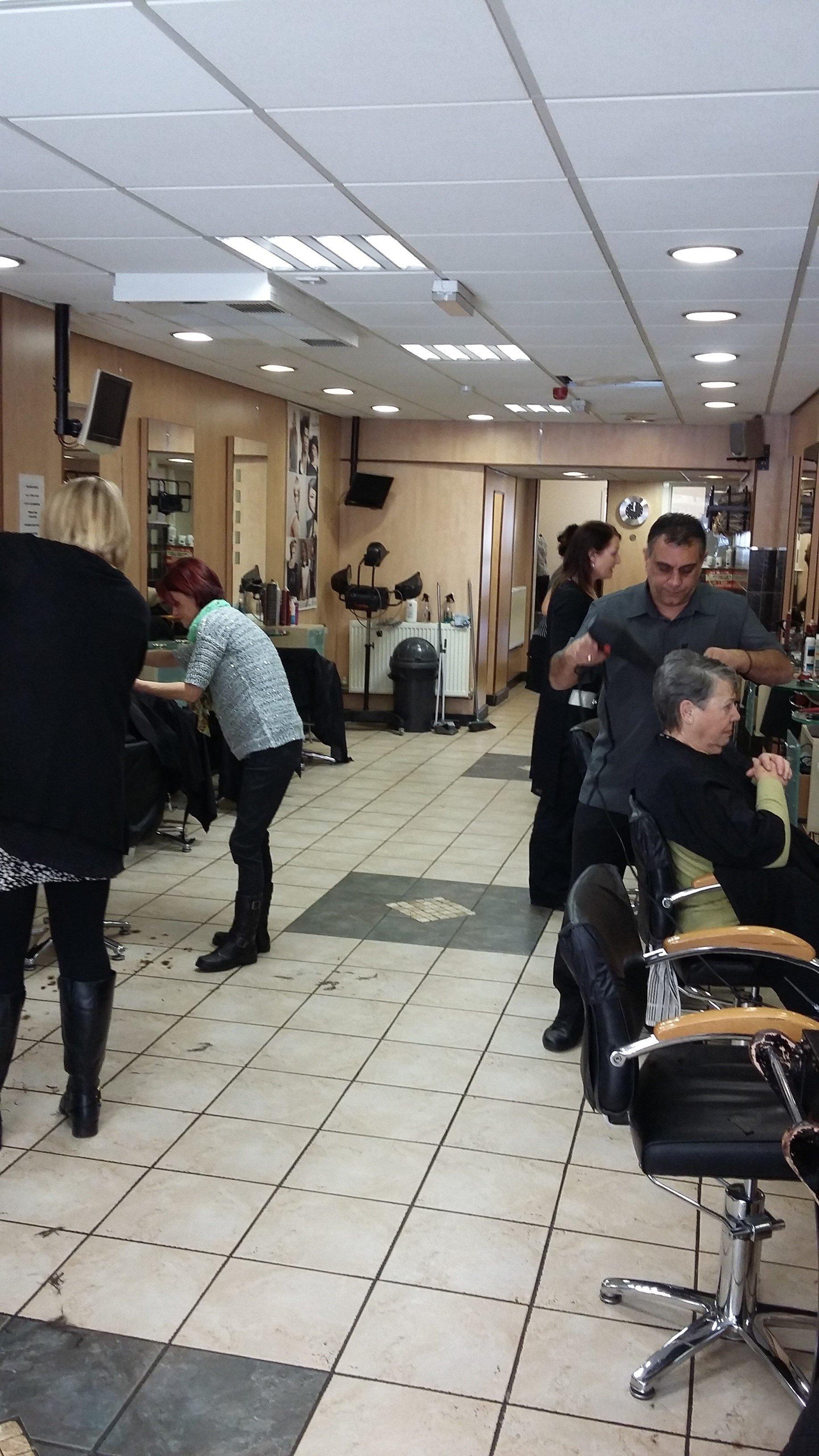 customers in salon