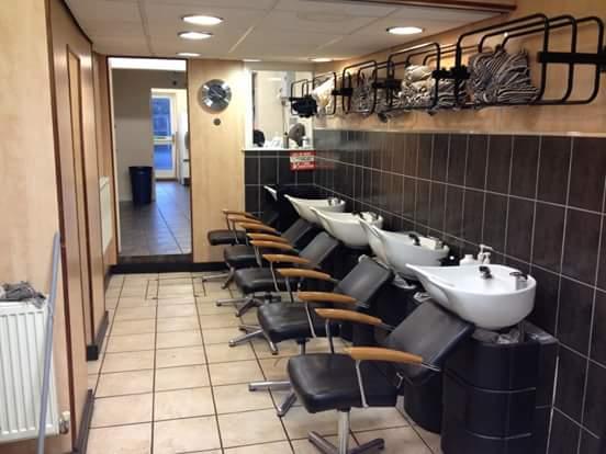 hair wash area