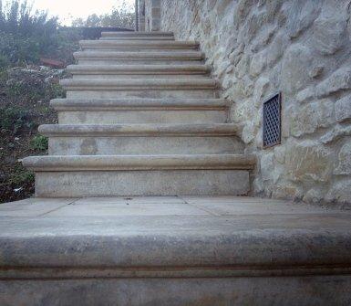 manufatti in cemento, cemento, gradini in cemento, scale in cemento
