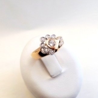 Anello in oro rosa e bianco 750 con diamanti - modello corolla