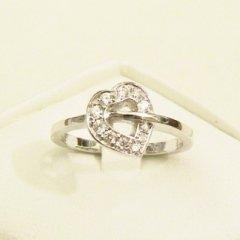 anello in oro bianco 750 con diamanti - modello cuore