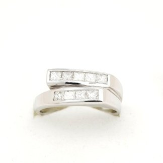 Cattelan - anello in oro bianco e diamanti