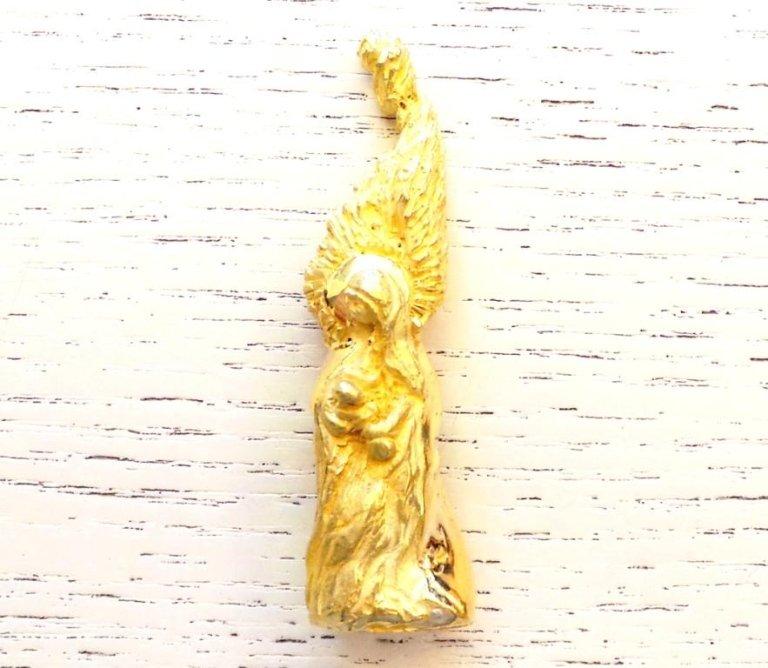 Cattelan - mod. Maternità - scultura in oro giallo 750