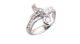 anelli in oro bianco e diamanti