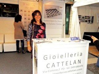 Cattelan Annalisa - evento botteghe in piazza - liston fronte porte Caffè Pedrocchi