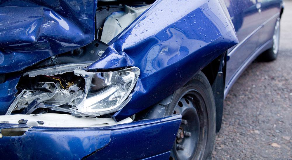 Car in need of car body repair in Rainford