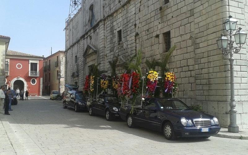 Allestimento funerali e carri funebri