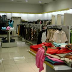 negozio abbigliamento, mobili negozio abbigliamento, allestimento negozi