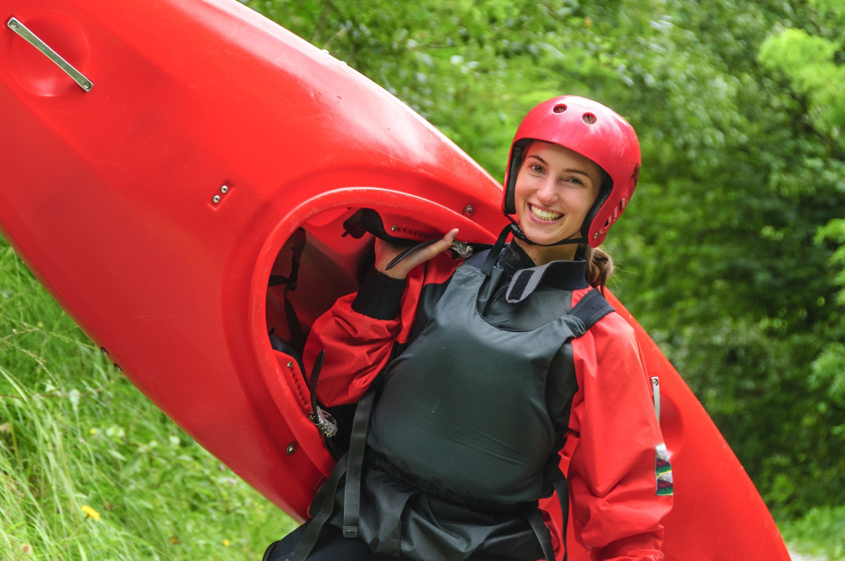 lady kayaking on the river thames - Thames Canoe Hire