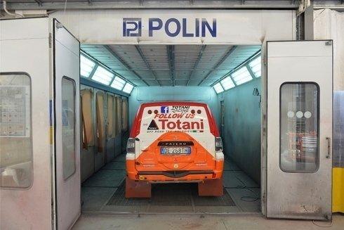 auto durante asciugatura di vernice