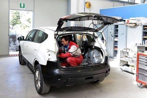 riparazione di interni auto