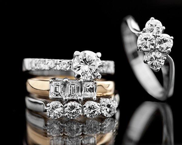 Bracciali con i diamanti a Arezzo