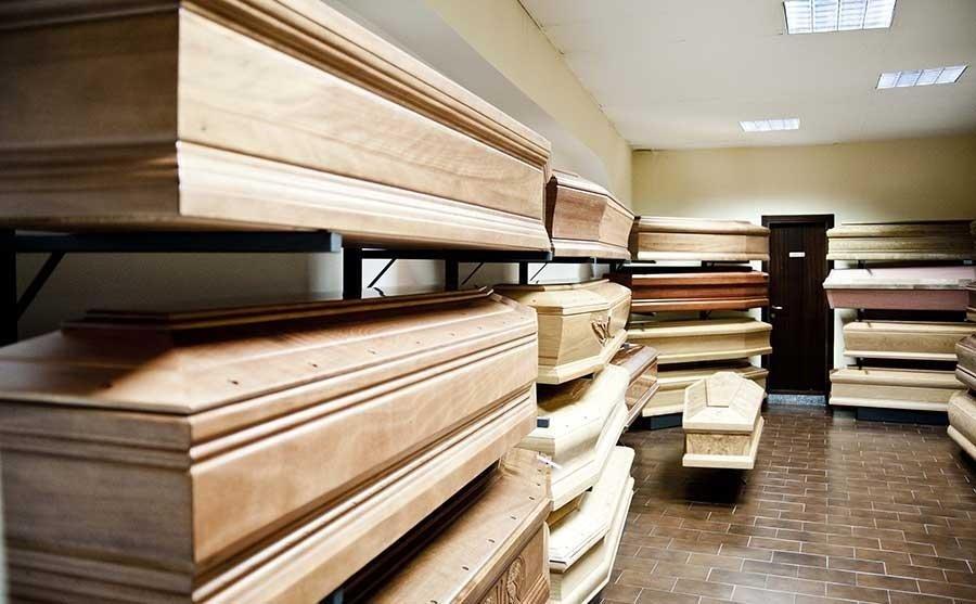 bare in legno di noce